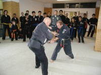 Mr Planas och Ingmar visar övningar i Aten, Grekland 2005