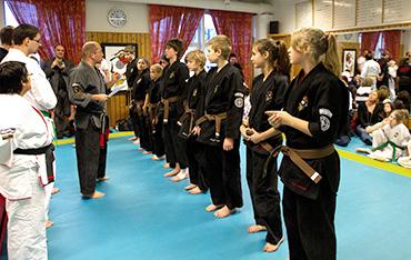 kurs, kampsport, dojo, kampart, självförsvar, Kempo, Kenpo, Budo, Karate, Systema BJJ,