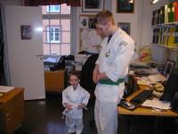 Johan Carlsson med sin son 2005